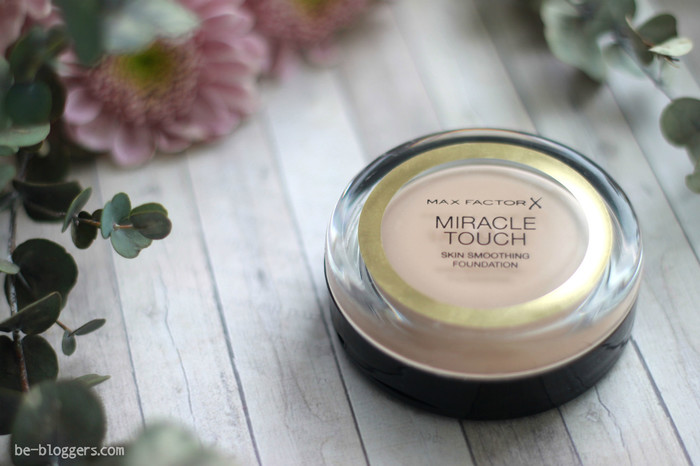 Тональная основа Miracle Touch Foundation, отзыв