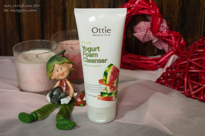 ottie fruit yogurt foam cleanser watermelon