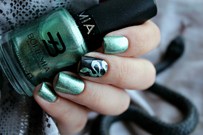 трафареты What's Up Nails